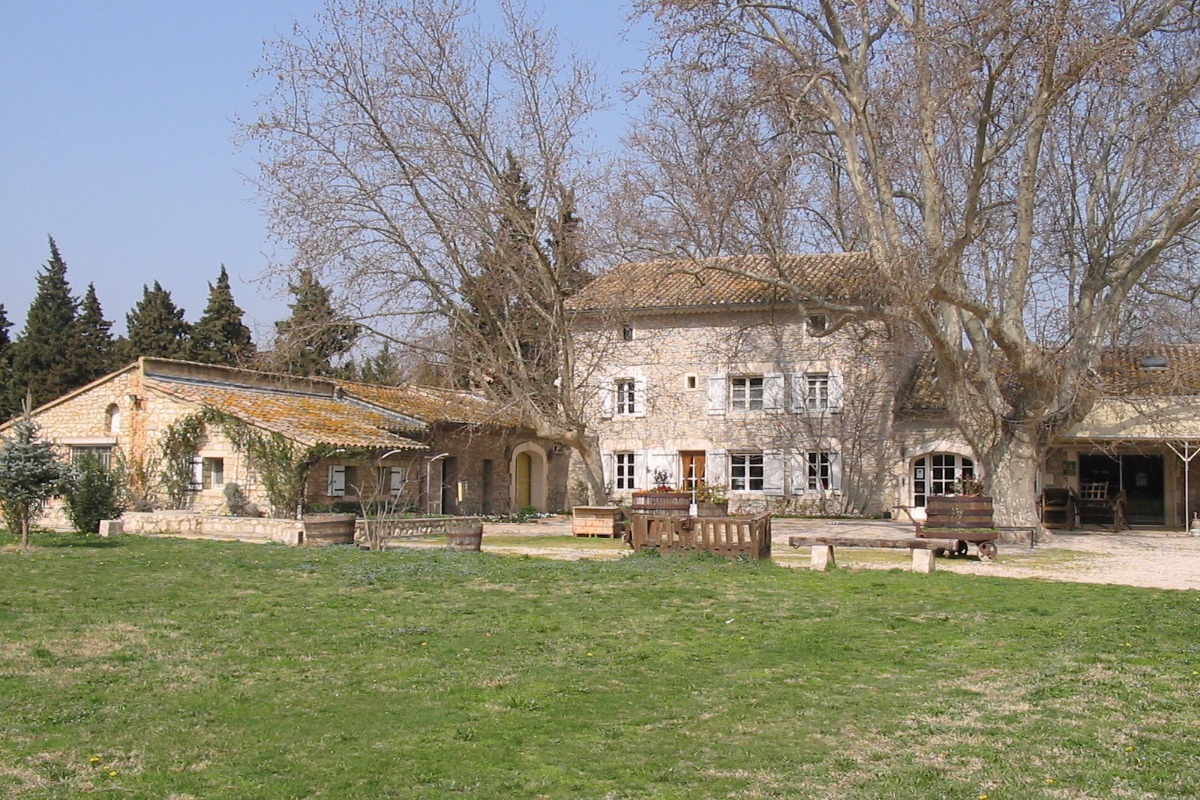 Le Mas des Vertes Rives à Châteauneuf de Gadagne - Chambre d'hôtes - Châteauneuf-de-Gadagne