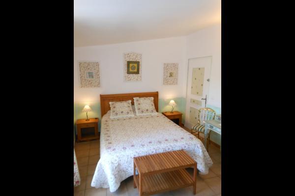 - Chambre d'hôtes - Roussillon