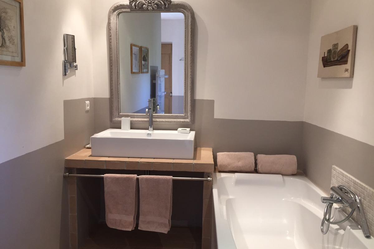 Suite Syrah - salle de bains - Chambre d'hôtes - Aubignan