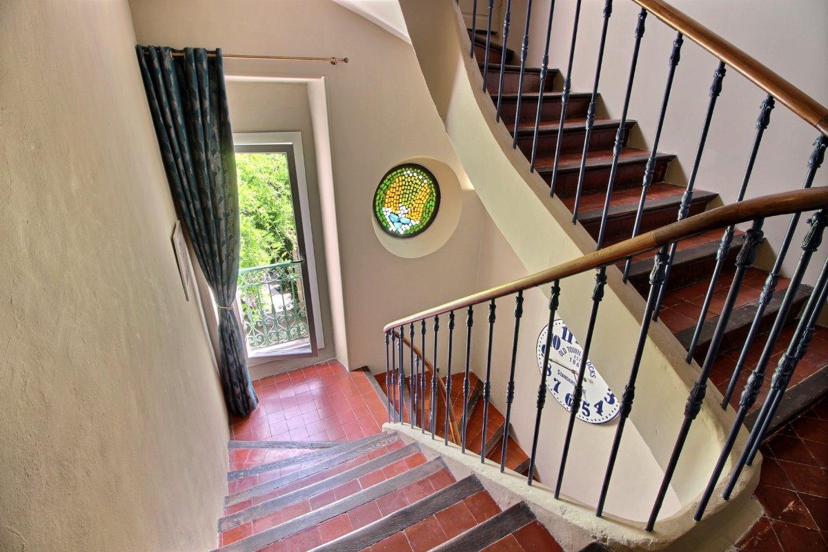 effets personnels chambre marius chambres d 39 h te orange cl vacances. Black Bedroom Furniture Sets. Home Design Ideas