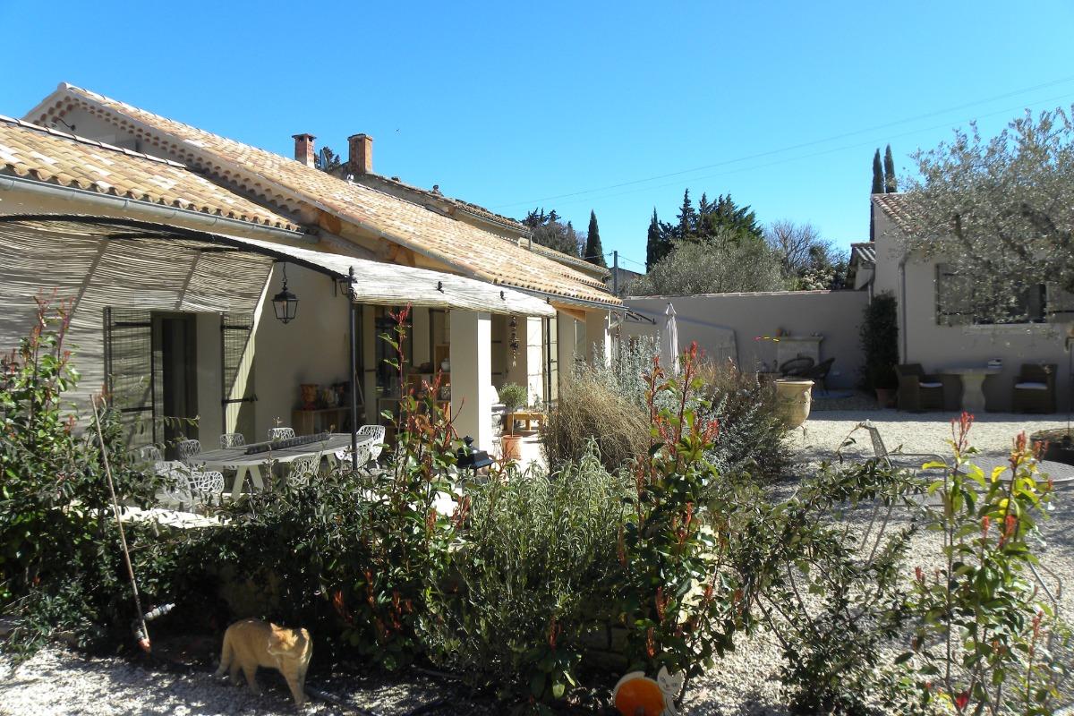©M.ALBAR - Clos des Garrigues - Chambre d'hôtes - Loriol-du-Comtat