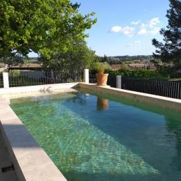 Mme ASTAUD  - Location de vacances - Aubignan