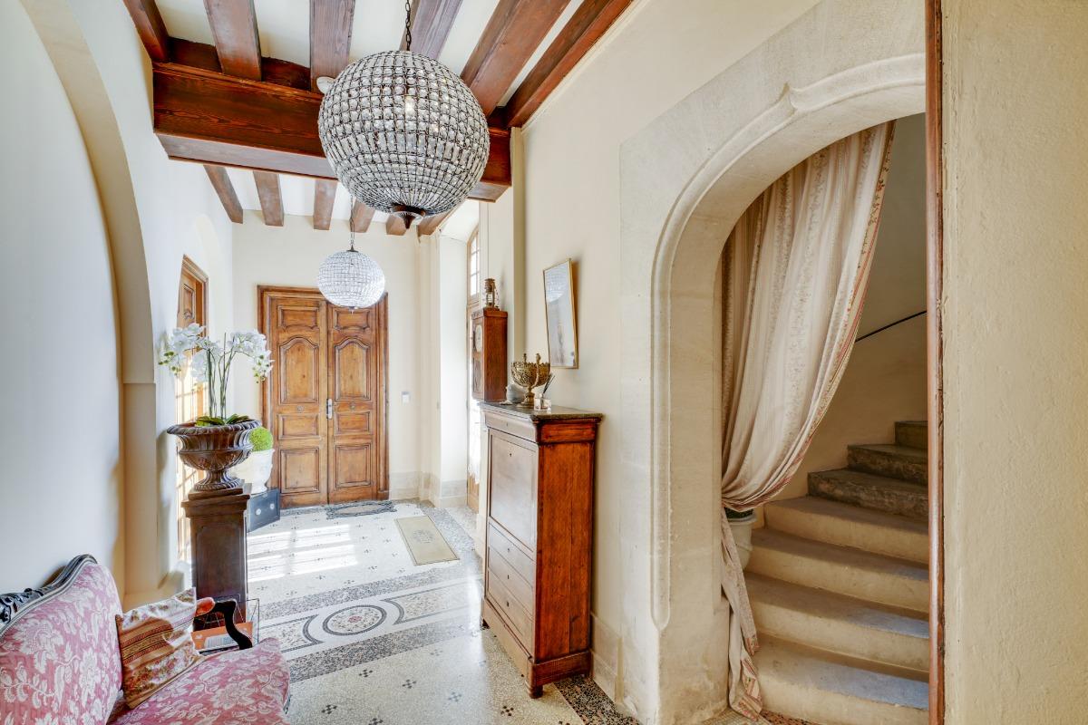 Le hall au rez de chaussée - Location de vacances - Le Pontet