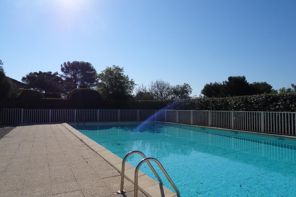 coin repas pour 4 personnes  - Location de vacances - Mérindol