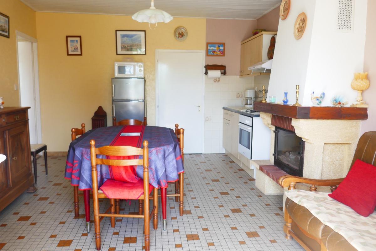 Coin cuisine - Salle à manger - Location de vacances - Le Girouard