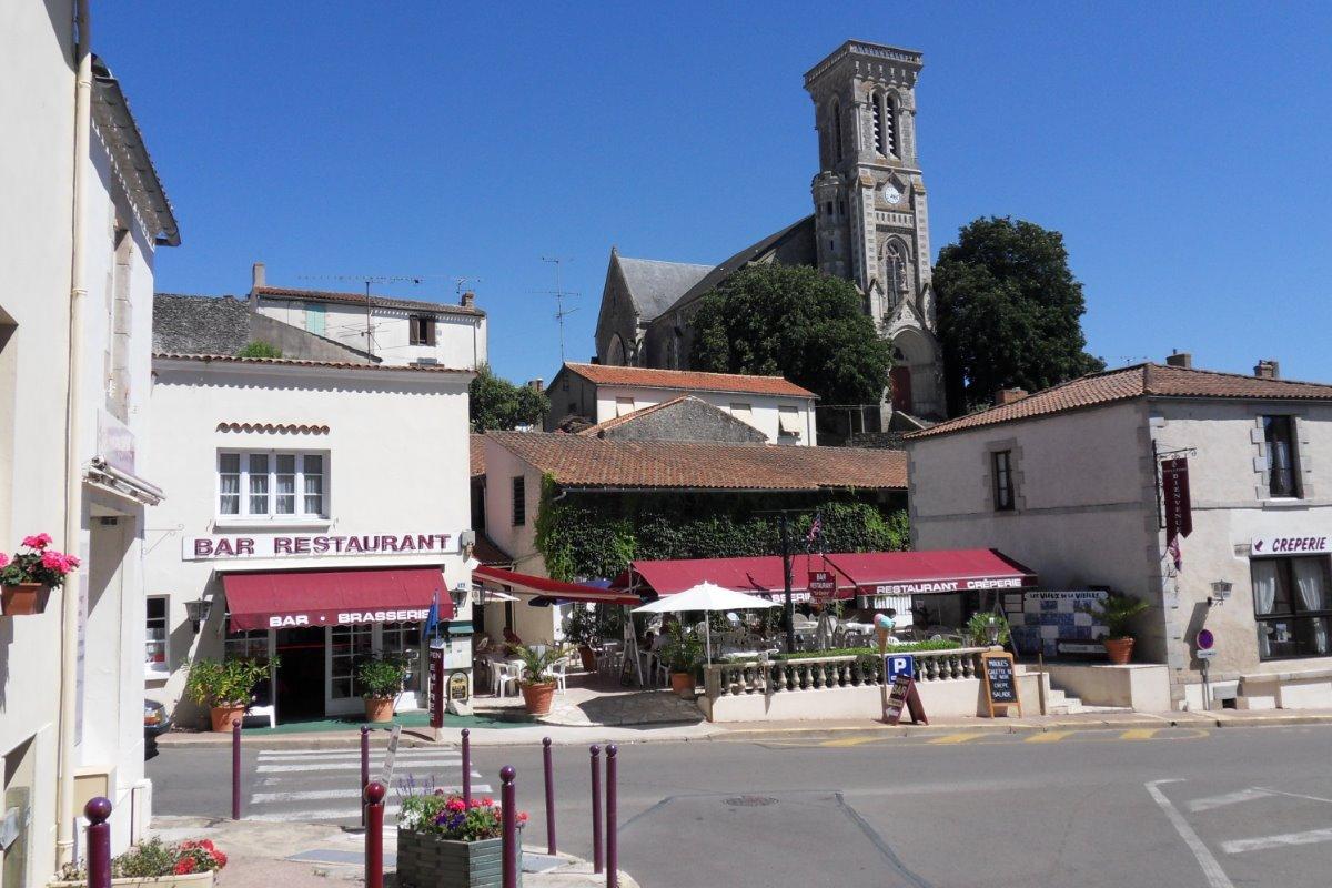 Restaurant du Centre à Apremont - Location de vacances - Apremont