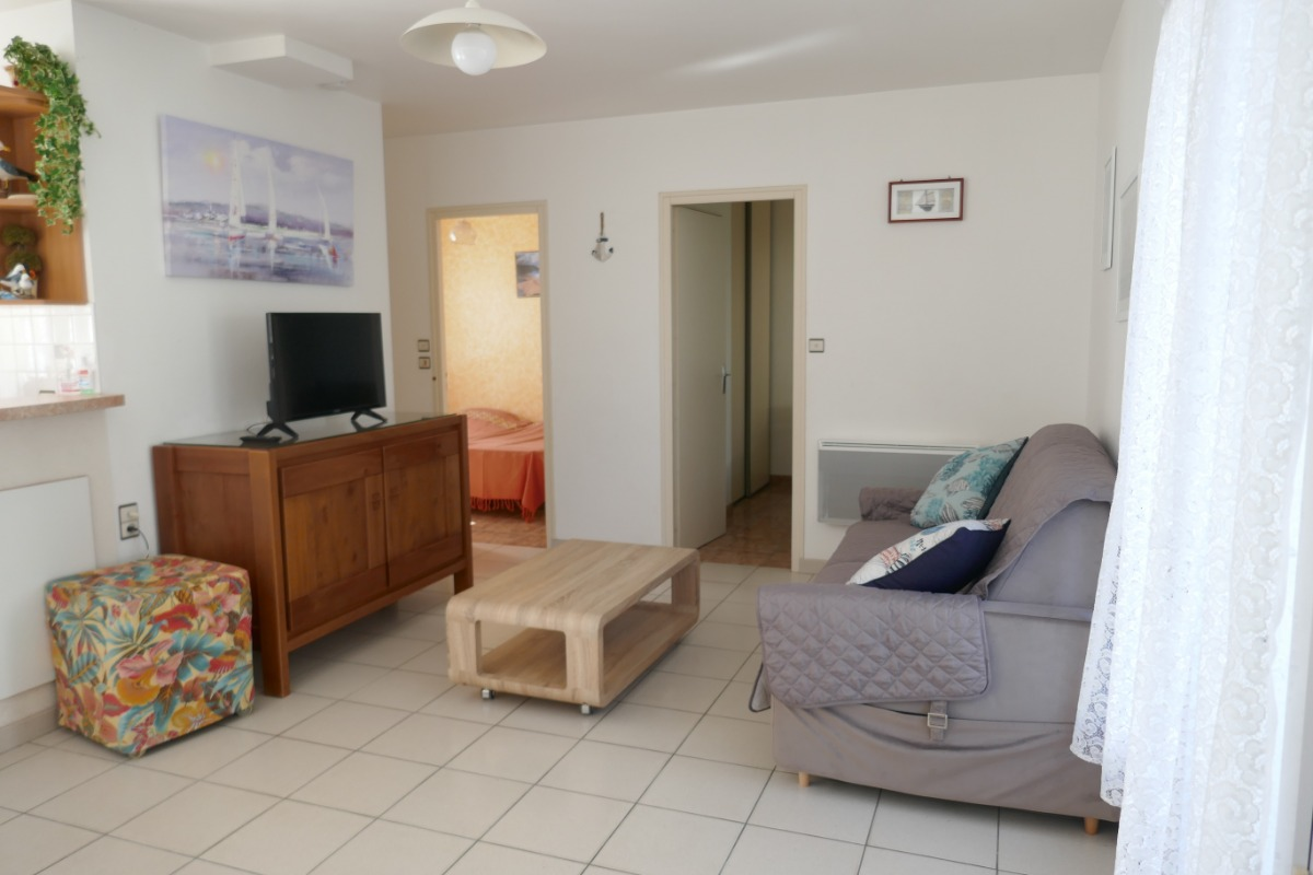 Pièce de vie - coin salon - Location de vacances - La Tranche sur Mer