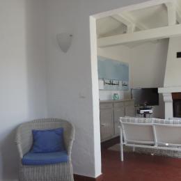 Accès salon - Location de vacances - L'Épine