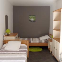 Chambre 2 lits de 90 - Location de vacances - Les Herbiers