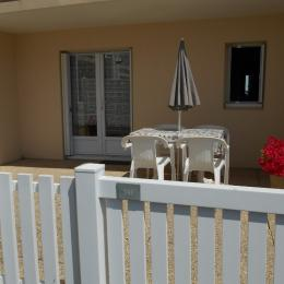 Le terrasse de l'appartement en rez-de-chaussée - Location de vacances - Saint Hilaire de Riez