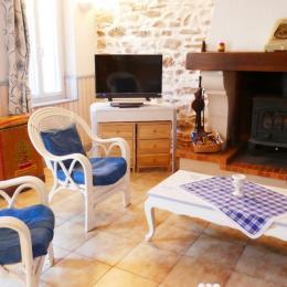 Pièce de vie donnant sur la cour intérieure - Location de vacances - Les Sables-d'Olonne