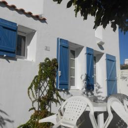 Façade maison - Location de vacances - Barbâtre