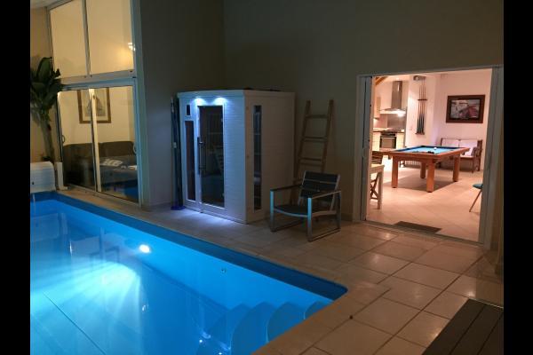 Villa Avec Piscine Intrieure Pour  Personnes  M De La Mer
