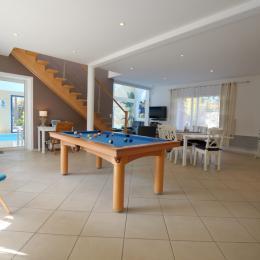 Salon séjour billard - Location de vacances - Jard sur Mer