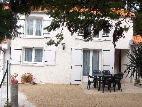 maison terrasse exposée au sud 2 parasols relax - Location de vacances - La Barre de Monts - Fromentine