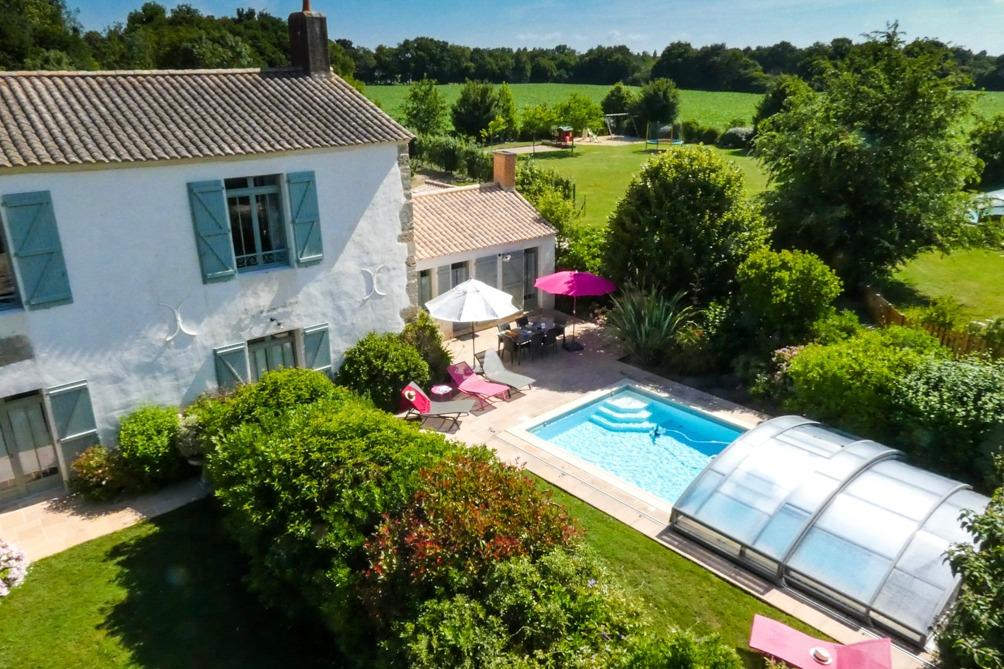 Gîte la Fromentière avec sa piscine chauffée et couverte - Location de vacances - Sallertaine
