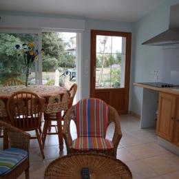 chambre1 1 lit 140 couette 220x240 +1 lit 90 couette 140x190 - Location de vacances - Barbâtre