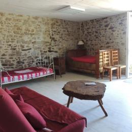 Coin salon - Location de vacances - Beaurepaire