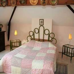 Chambre 1 - Location de vacances - Saint Denis la Chevasse