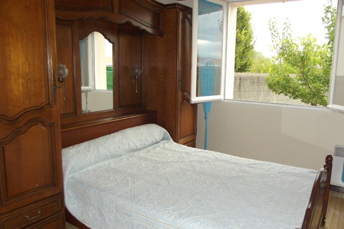 maisonnette saint gilles croix de vie location vacances saint gilles croix de vie. Black Bedroom Furniture Sets. Home Design Ideas
