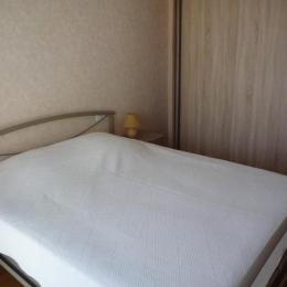 Chambre lit en 140 - Location de vacances - Les Sables-d'Olonne