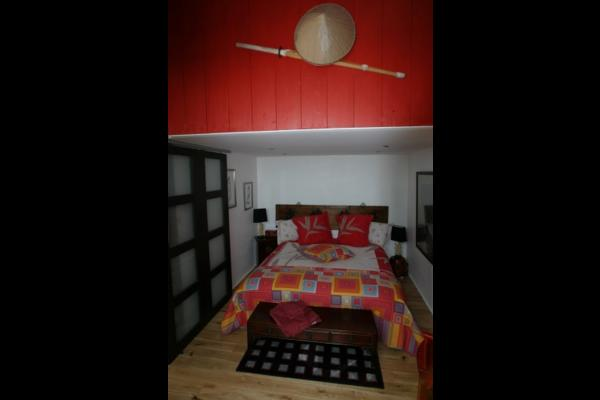 Escalier en colimaçon pour monter à la mezzanine  - Chambre d'hôtes - Saint Hilaire de Riez