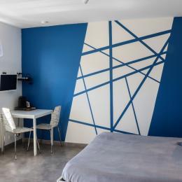 Salle de bain chambre Le Phare Bleu - Chambre d'hôtes - Le Fenouiller