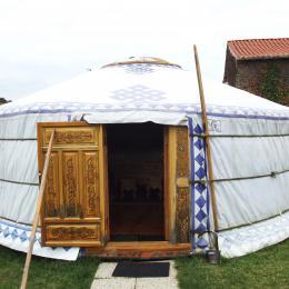 Yourte bleue - Chambre d'hôtes - Bazoges en Pareds