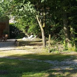 Terrasse devant Gîte - Location de vacances - Martinet