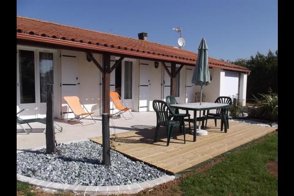 Terrasse - Location de vacances - La Jonchère
