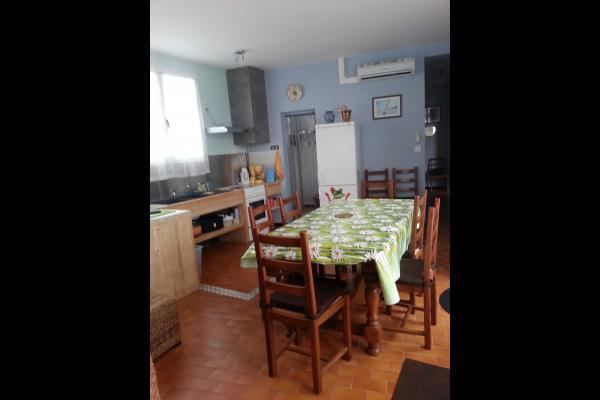 Salle à manger - cuisine - Location de vacances - La Tranche sur Mer