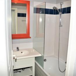 vue salle de bain - Location de vacances - Château d'Olonne