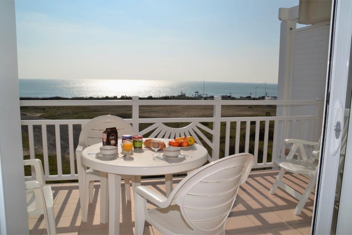 vue panoaramique mer terrasse plein sud couverte  - Location de vacances - Château d'Olonne