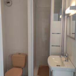 salle d'eau    - Location de vacances - Les Sables-d'Olonne