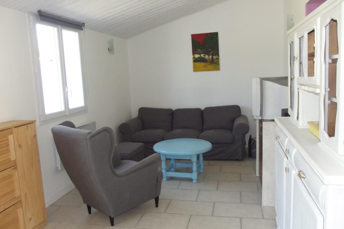 pièce de vie avec coin salon  - Location de vacances - Saint Hilaire de Riez