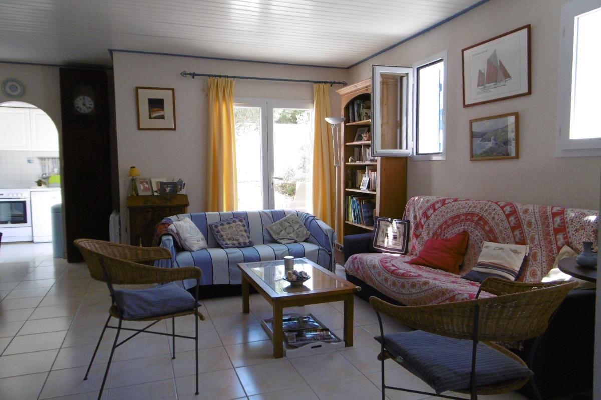 Le salon - Location de vacances - Barbâtre