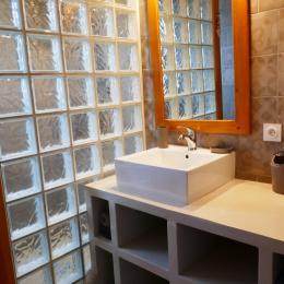 Salle d'eau - Location de vacances - La Guérinière