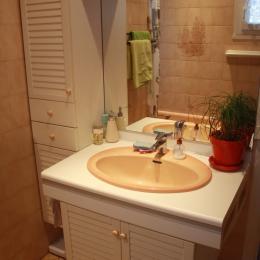 Salle de bain - Location de vacances - Commequiers