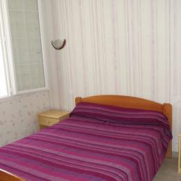 Chambre 1 lit de 140 - Location de vacances - Saint Jean de Monts