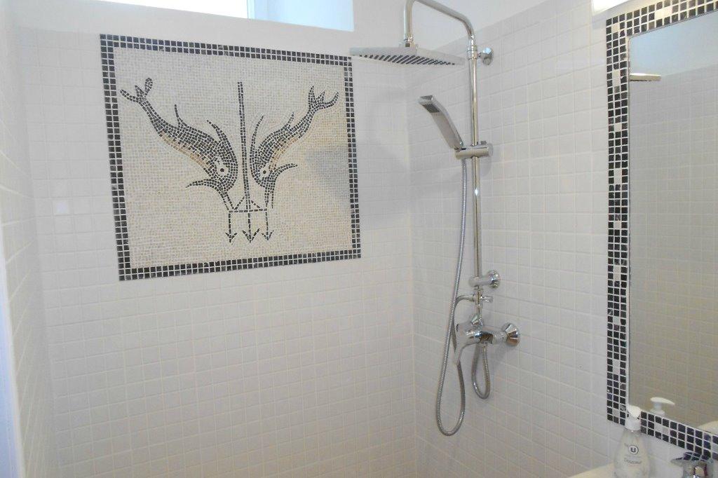 Niki, la douche - Chambre d'hôtes - L'Ile d'Elle