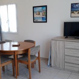 Façade avant avec terrasse - Location de vacances - L'Aiguillon sur Mer