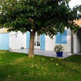 Terrasse avant de la maison  - Location de vacances - Noirmoutier en l'Île