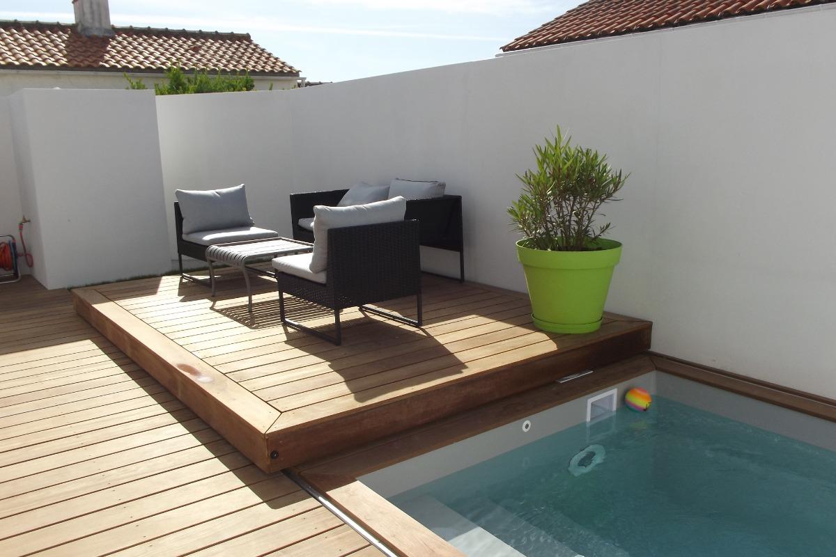 piscine recouvrable par la terrasse bois - Location de vacances - Noirmoutier en l'Île
