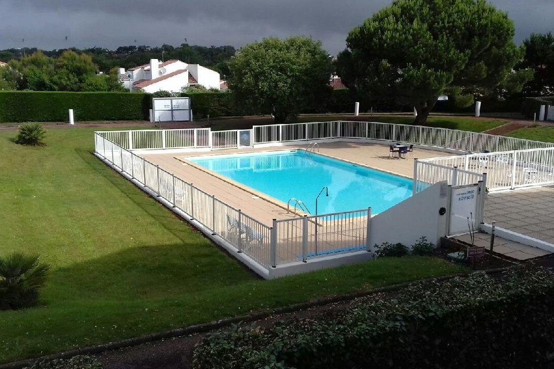 la piscine 18X8 - Location de vacances - Château d'Olonne