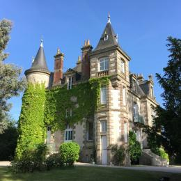 Façade Nord du Château - Location de vacances - La Gaubretière
