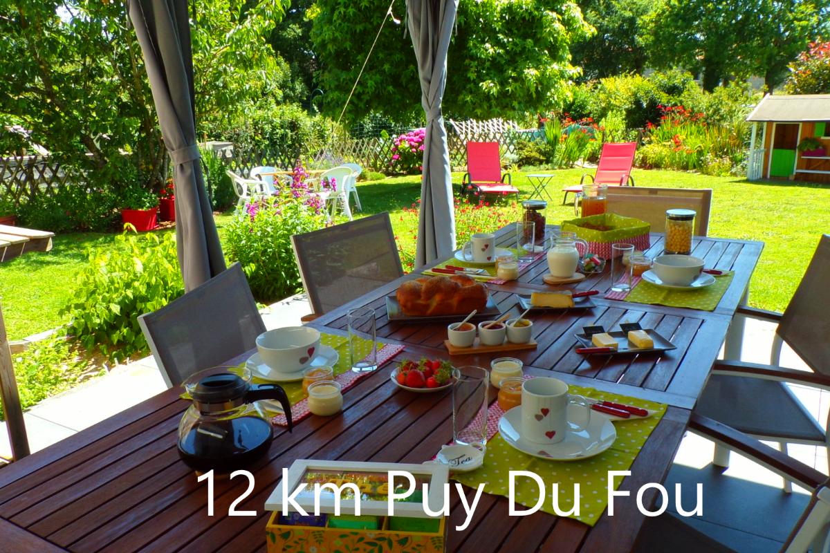 12 km Puy du Fou - 5 couchages - Chambre d'hôtes - Saint Paul en Pareds