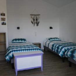 Chambre lits en 90 - Chambre d'hôtes - Saint Paul en Pareds