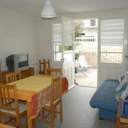 Pièce de vie - Location Vacances Appartement 2 chambres Saint Jean de Monts - Location de vacances - Saint Jean de Monts