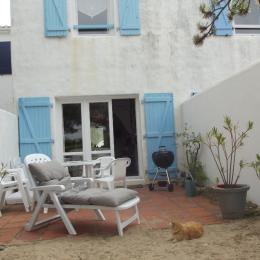 Terrasse à l'arrière - Location de vacances - La Guérinière