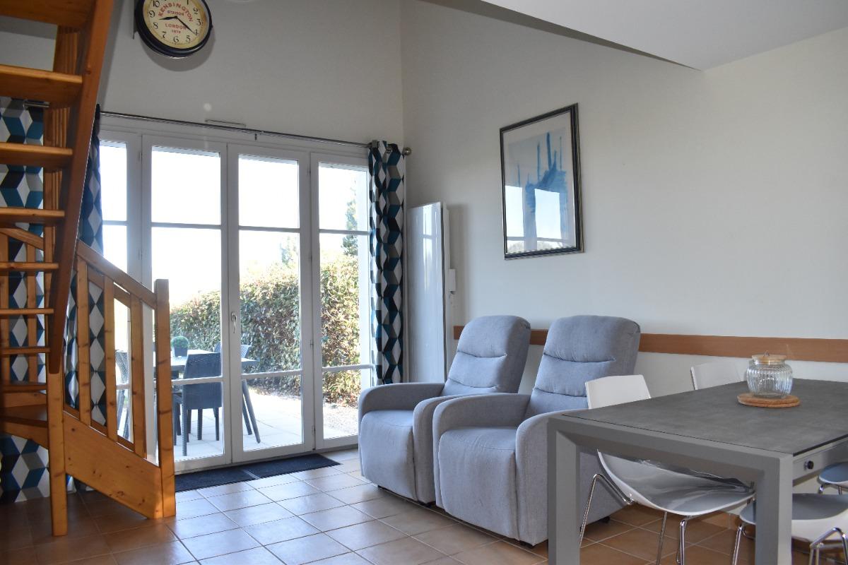 Le séjour ouvert sur la cuisine - Location de vacances - L'Aiguillon sur Vie